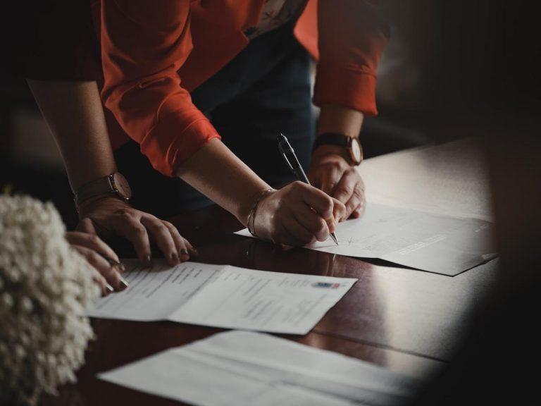 Główne zalety firm specjalizujących się w tłumaczeniach