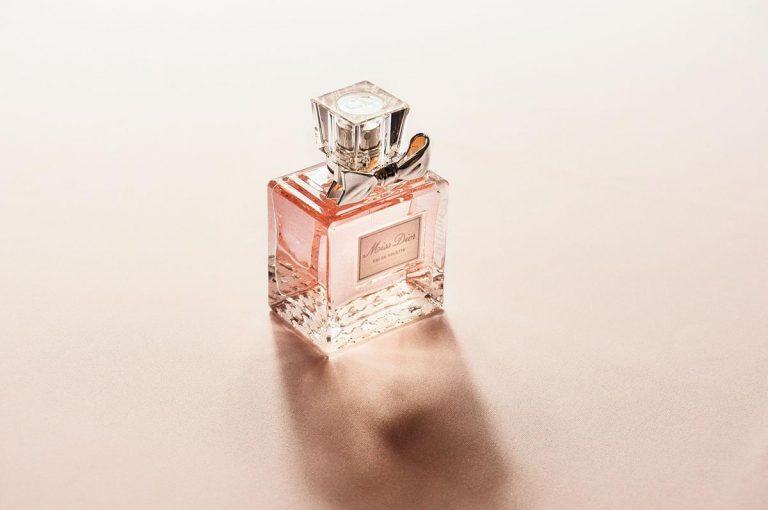 Gdzie można wygodnie pozyskać perfumy męskie?