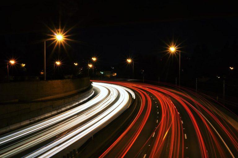 Szybkie i łatwe sposoby na zaoszczędzenie pieniędzy na ubezpieczeniu samochodowym